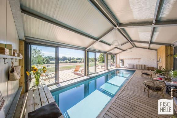 Piscine en kit haut de gamme - Piscine couloir de nage d'intérieur installée en kit en Vendée
