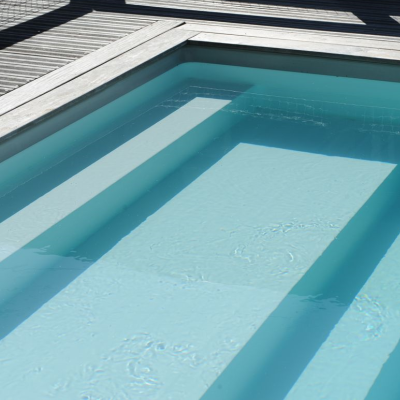 Escalier de piscine Piscinelle