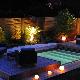 Terrasse mobile de piscine de nuit à Margency